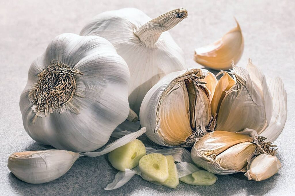 Special ingredients in Garlic play a major role in reducing the concentration of lead in our body.