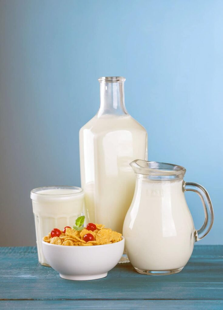 Milk and bean products are foods rich in calcium. They are also a useful toxin remover.