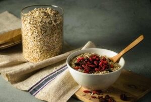 The truth of eat oatmeal on an empty stomach in the morning